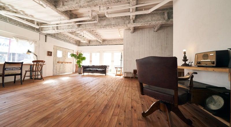 STUDIO67 Enzo 白を基調としたシャビーで ナチュラルなスタジオ! 無料機材・ペーパー垂らし無料!