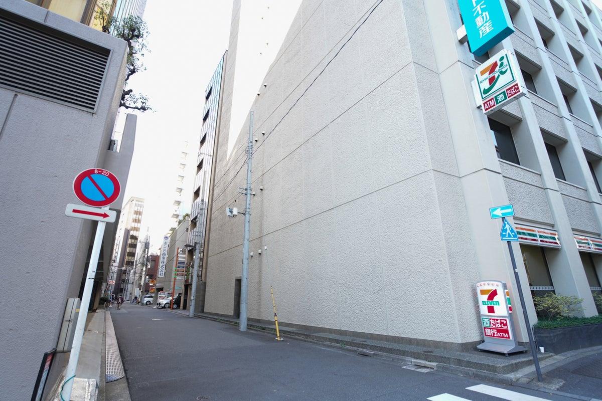 【神保町駅から徒歩5分】会議からパーティまで用途多彩!30人収容可能!遊び心のあるリラックス空間!設備充実! の写真