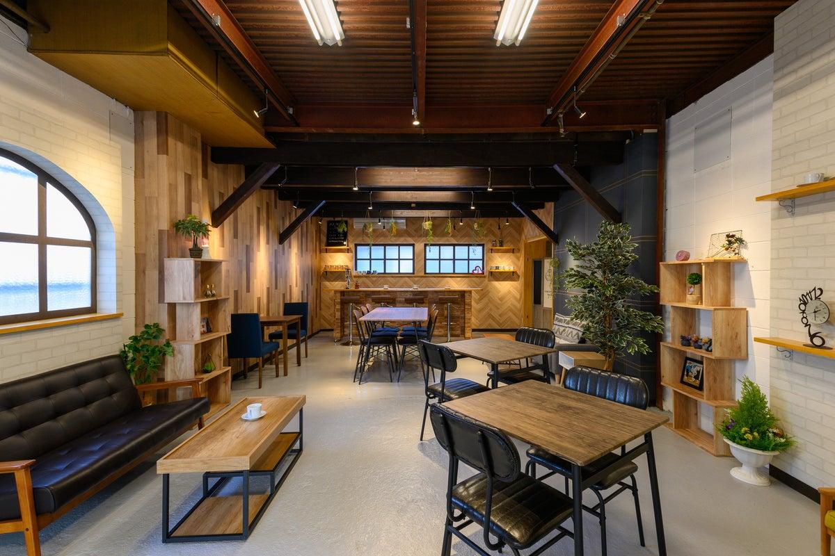 【今宮駅から徒歩30秒】撮影スタジオ!カフェ&バー設定のオシャレ空間、 大衆居酒屋のテーブル席&座敷 の写真