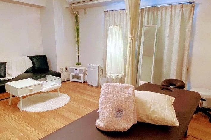 川崎駅より徒歩6分!完全個室の可愛いレンタルサロン の写真