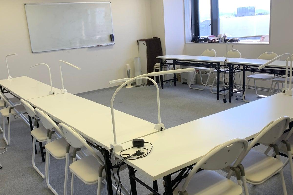 約15名可能!セミナー・会議室・習い事・カルチャースクール・レッスンなどに! の写真