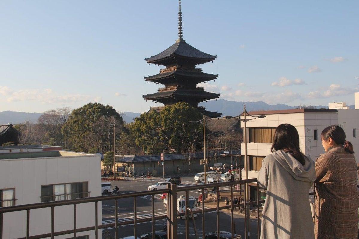 東寺を眺める最上階角部屋スペース!個室!最大利用人数2名! の写真
