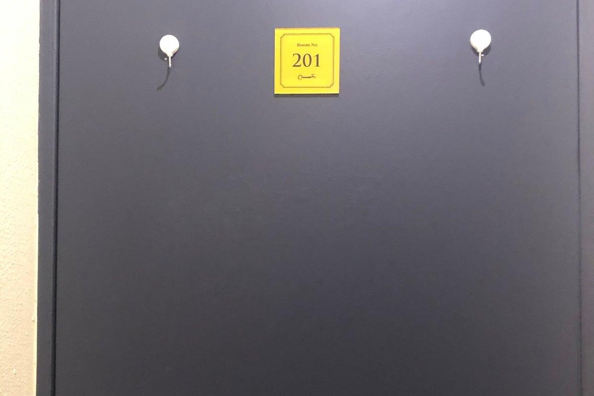【201号室】おしゃれなお部屋で☆女子会・誕生日会・ママ会・スポーツ観戦・撮影・会議・パーティー・ボードゲームなど♪ の写真