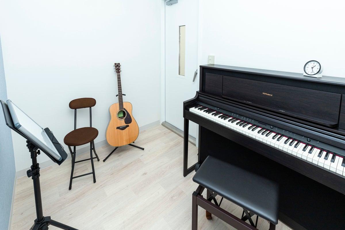 【音楽スタジオ】両国駅徒歩4分!楽器貸し出しOKの防音ブース の写真