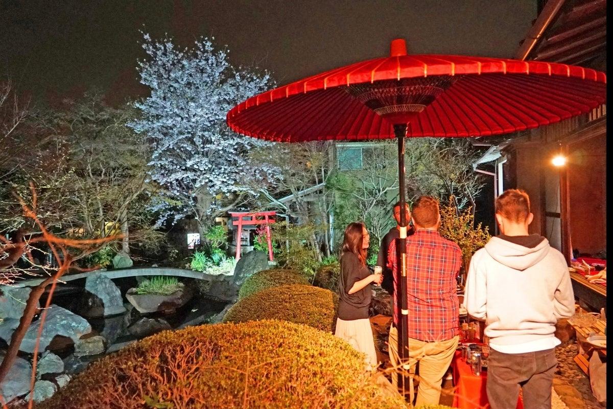 横浜【日本庭園と古民家】飯田屋〜iidayajapan〜東京から20分、竹林を抜けると別世界。四季折々の花々がお迎え致します〜 の写真