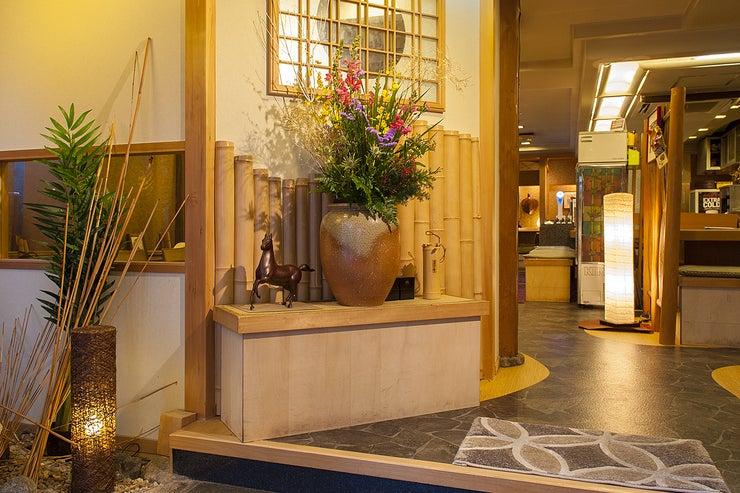 """【繁華街の中で""""広々とした和""""のレンタルスペース/..テレワークに最適。多目的利用OK♪】『広島の旬 なかたに』 の写真"""