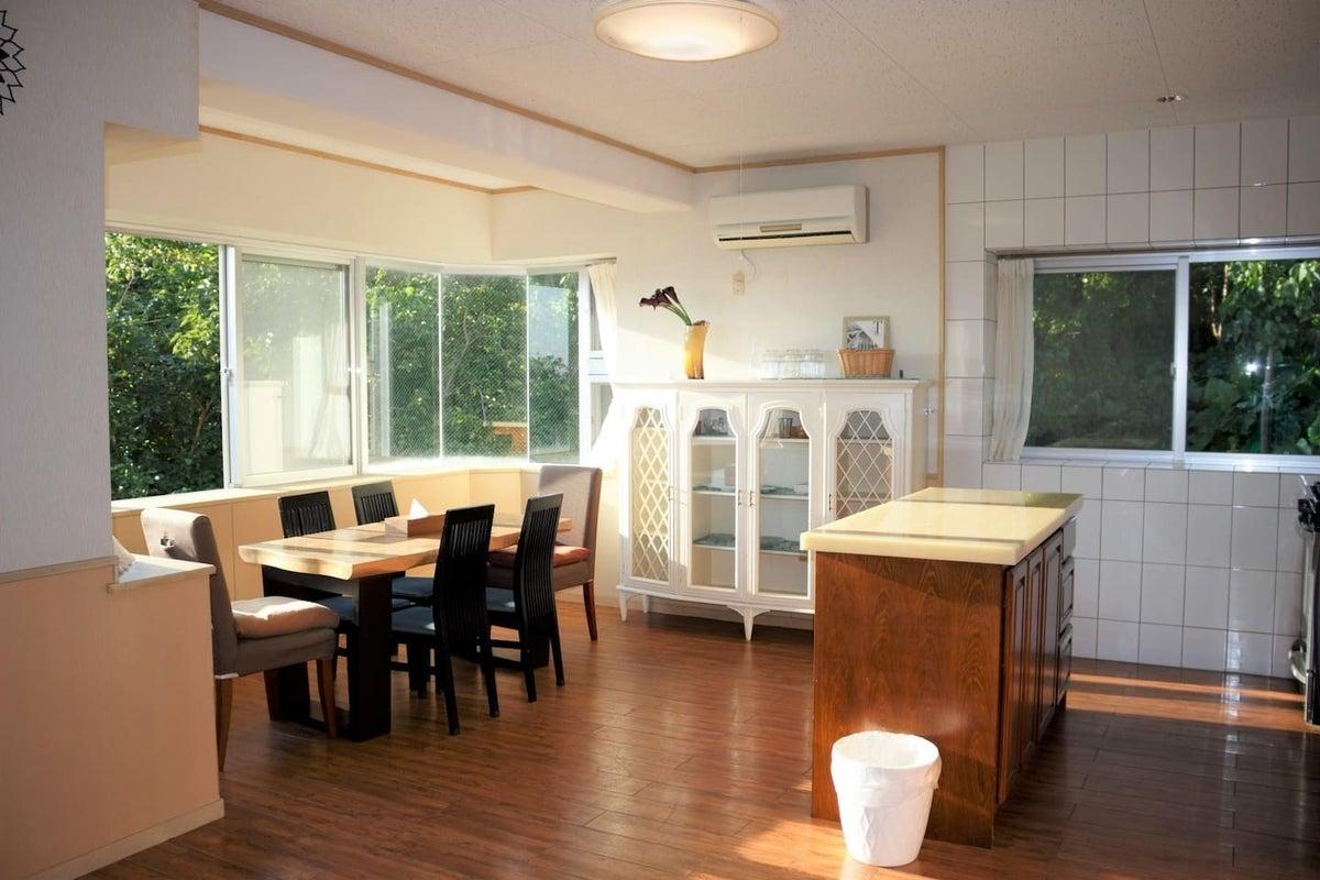 キッチン付きの外国人住宅。テレワーク、ハウススタジオ、女子会など、ゆったりとした空間で♪ の写真