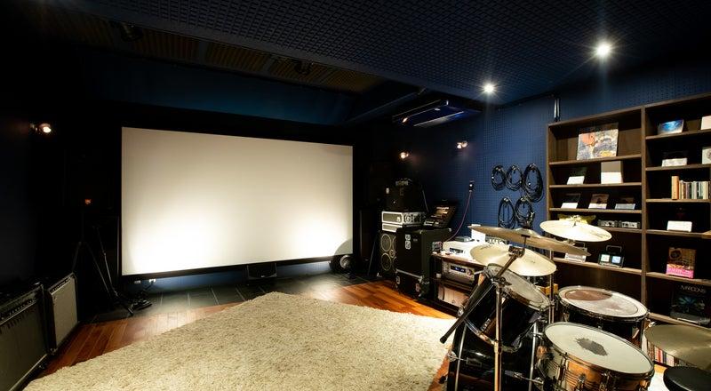 24時間使える本格的な音楽スタジオ!(バンド練習やセルフレコーディングに)