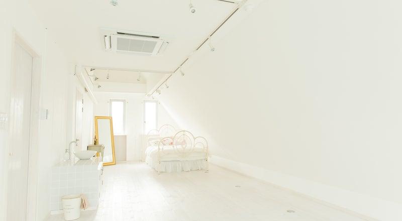 △402 [大阪/JR野江駅徒歩10分] 撮影におすすめ!│可愛い家具がたくさん!│白を基調とした可愛いお部屋│ふんわり