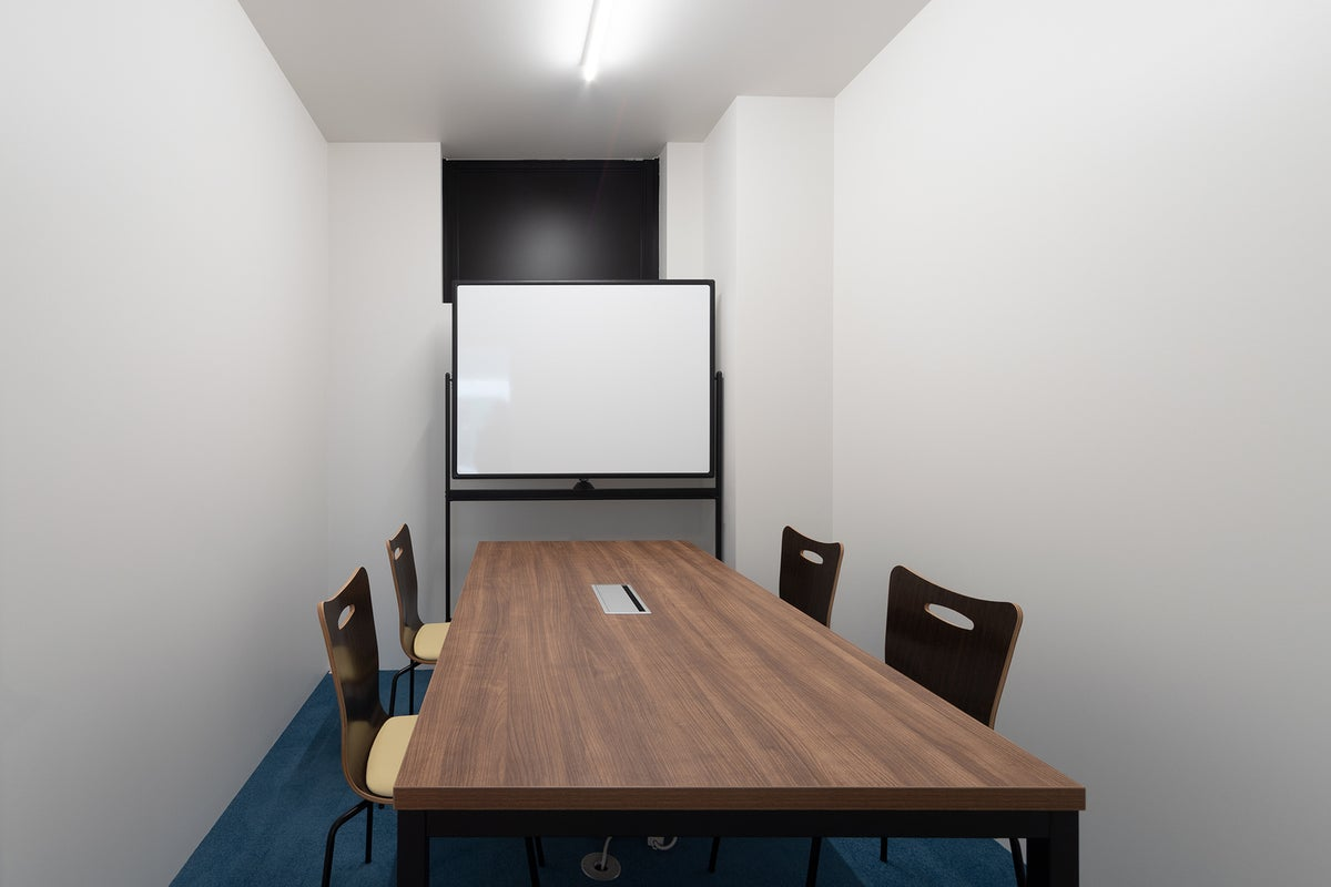 ★新築★打ち合わせやテレビ会議に丁度いい!ミーティングルームA の写真