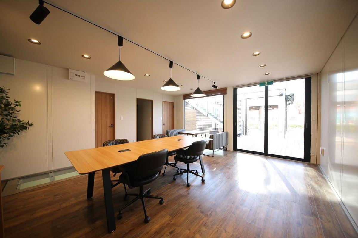 【SOHOモデル】✨U-SPACEつくば店✨テレワークや一時的なオフィス利用に♪無料Wi-Fi/延長コード/個室/つくば市 の写真