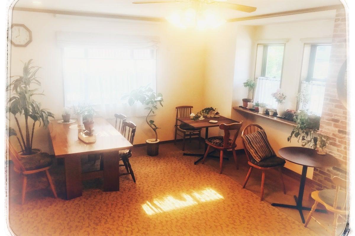 竹田城の麓の田舎にあるカフェをレンタルできます。 の写真