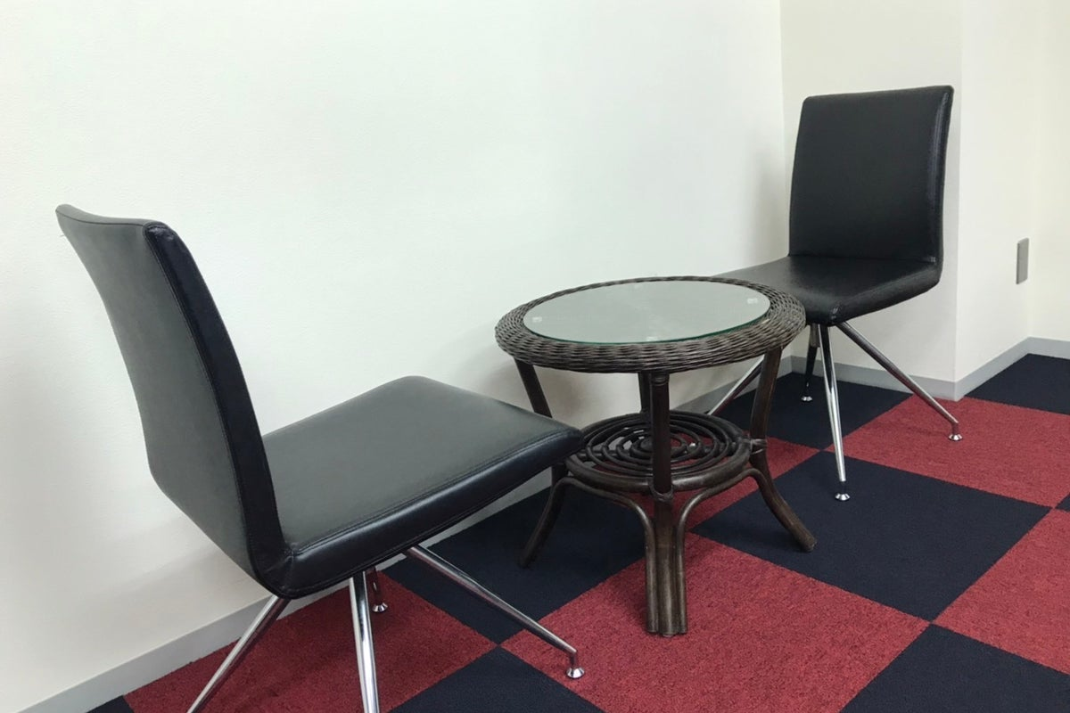 ドリンク付きのフリーシェアスペース!セミナー、説明会、お茶会などに様々な集まりに使えます! の写真
