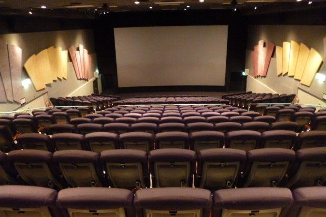 【キャナルシティ博多 120席】映画館で、会社説明会、株主総会、講演会の企画はいかがですか? の写真