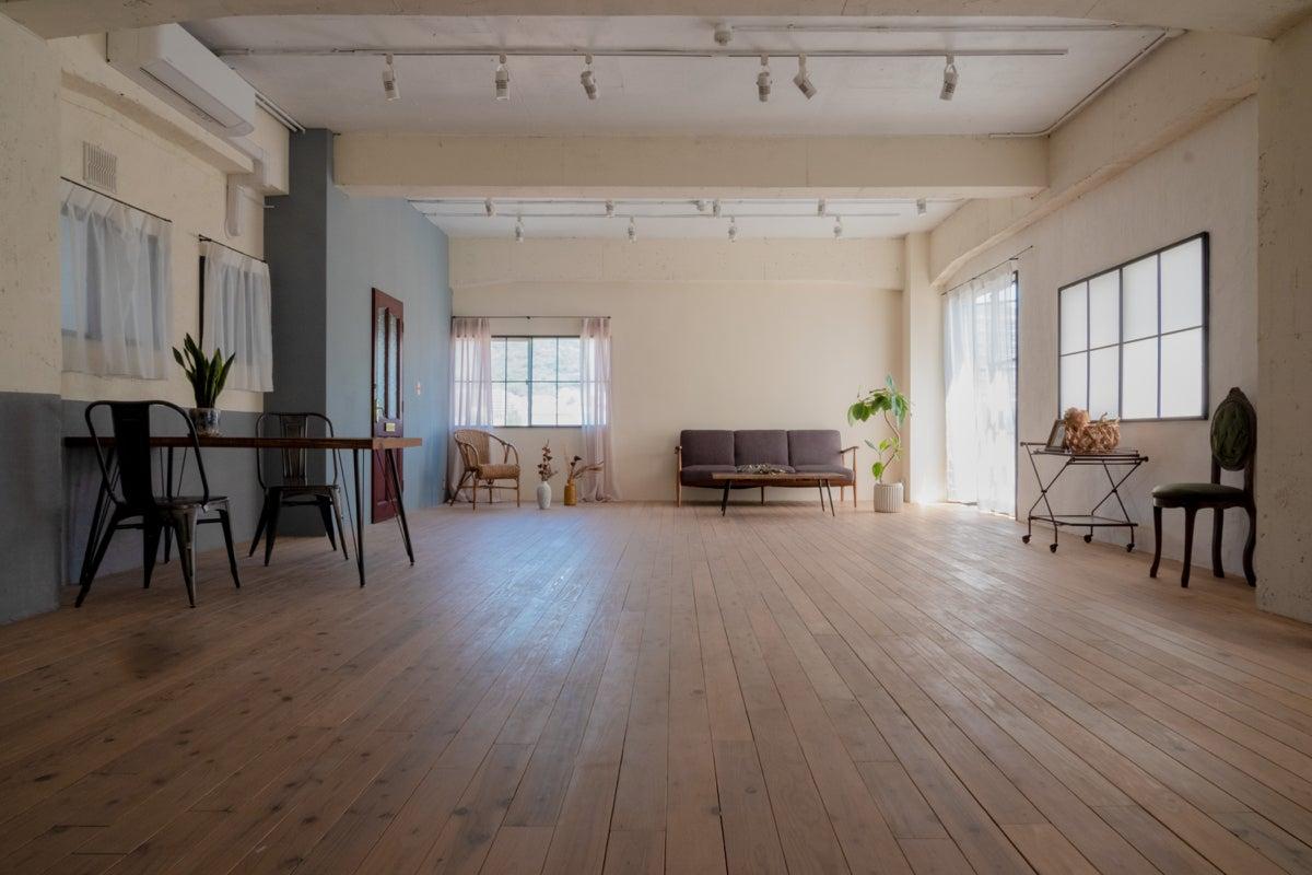 【開放感のある空間】海外アパートのような空間をヨガやイベント、写真撮影などにどうぞ! の写真