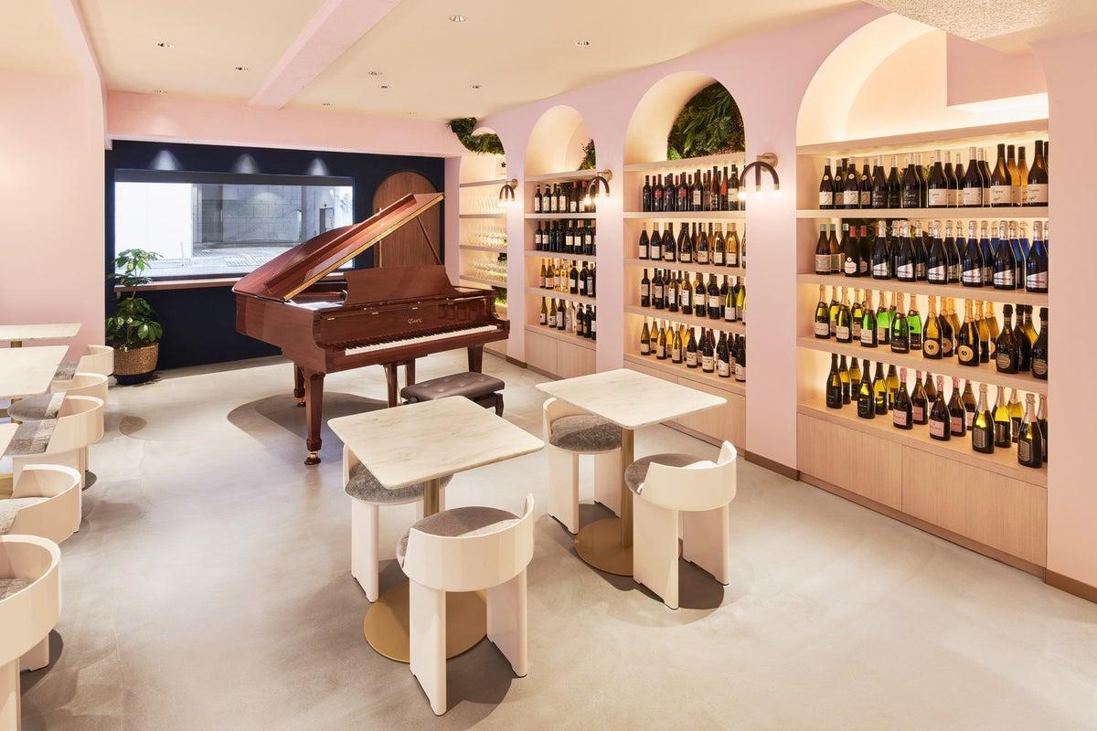 グランドピアノがあるお洒落なレストラン‼︎PV・ドラマ・インタビュー等の撮影・コンサートなどに。 の写真