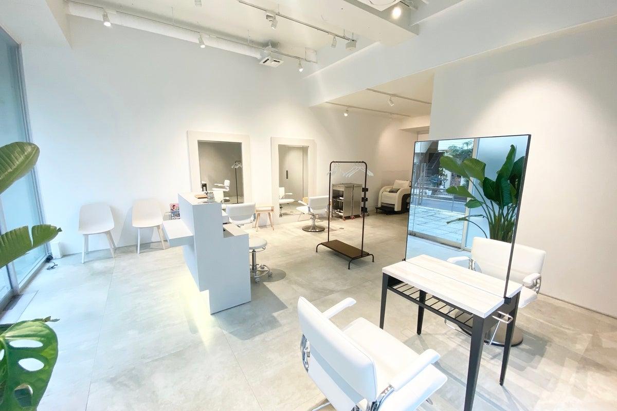 面貸しプラン①✨美容師さん、ヘアメイクさんご活用!ソーシャルディスタンス型の心地良い空間でサロンワーク! の写真