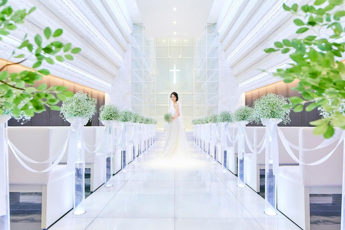 【西武新宿線新狭山駅 徒歩10分・無料駐車場完備】結婚式場のチャペルでコスプレ・動画撮影など♪ベルヴィアズグレイス の写真