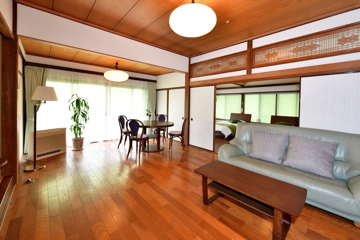 【鎌倉高校前駅徒歩8分!】NEW OPEN! 広々とした二階建て1軒家! の写真