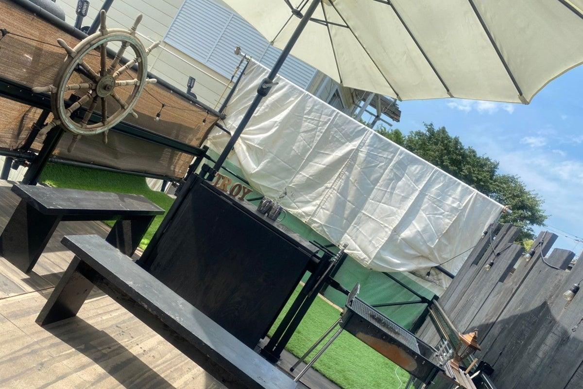 【☠️海賊酒場☠️】密室バー貸切海賊体験!皆でヨーホー! の写真