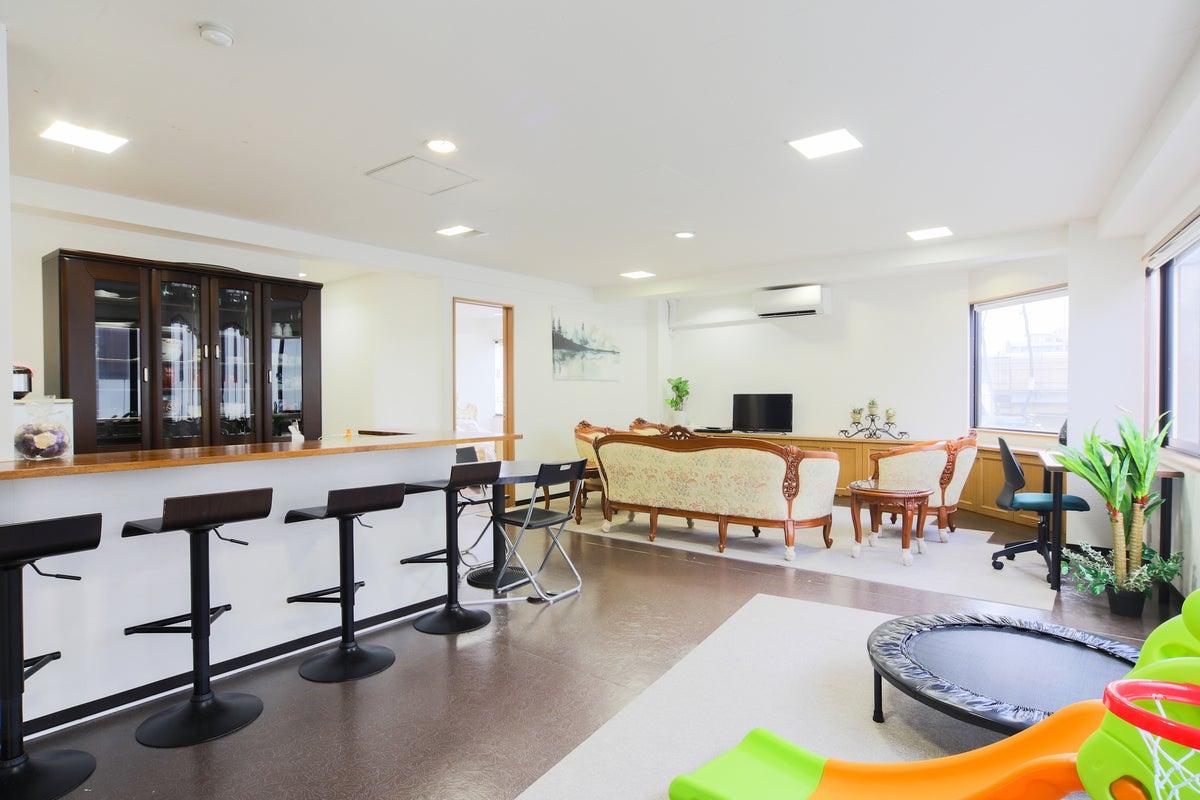 4階キッチン付き広々◎女子会・ママ会・ホームパーティーをはじめオフ会や商用にも✩ の写真