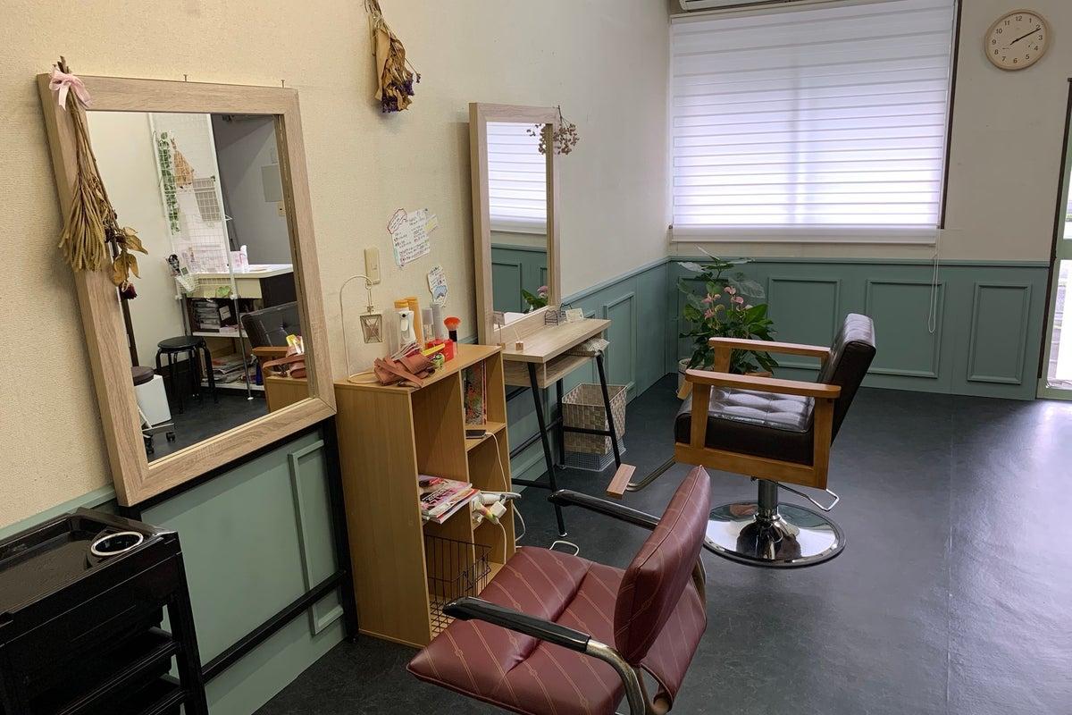 美容師さん向け! レンタルシェアサロン NEW OPEN! の写真