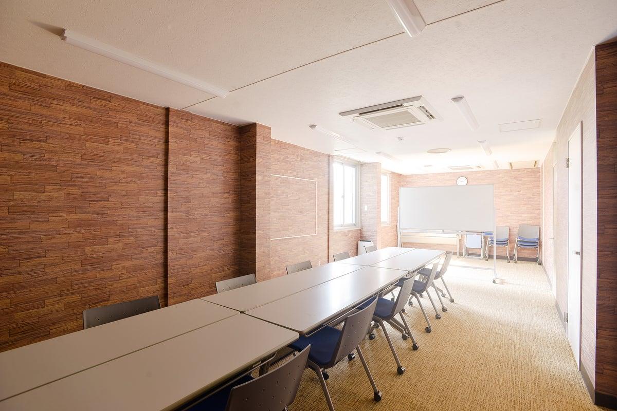 【駅徒歩3分】貸会議室 ★企業会議室を勉強会やダンスなどに利用可能! の写真