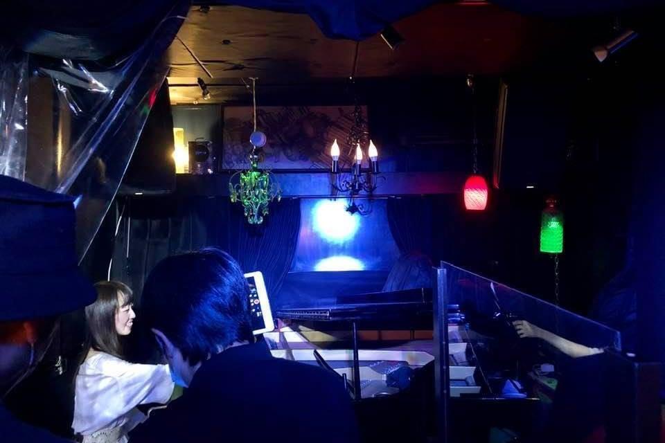 グランドピアノ&ドラムあり完全防音¥12000で貸し切りライブ~5時間 youtubeなどの撮影・配信のみ¥20000 の写真