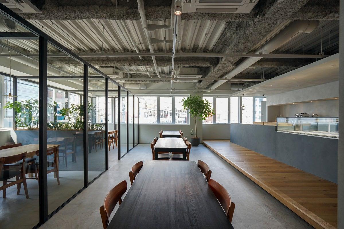 本厚木駅前の洗練されたデザインのカフェで、撮影・イベント・会議・勉強会! の写真