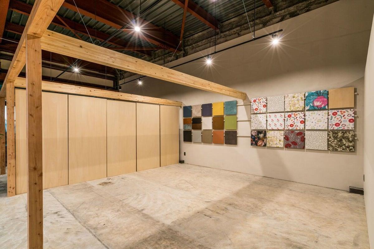 【studio pellet / 多目的なフリースペース】ミーティングや各種イベント、展示会などにもオススメのスペースです。 の写真