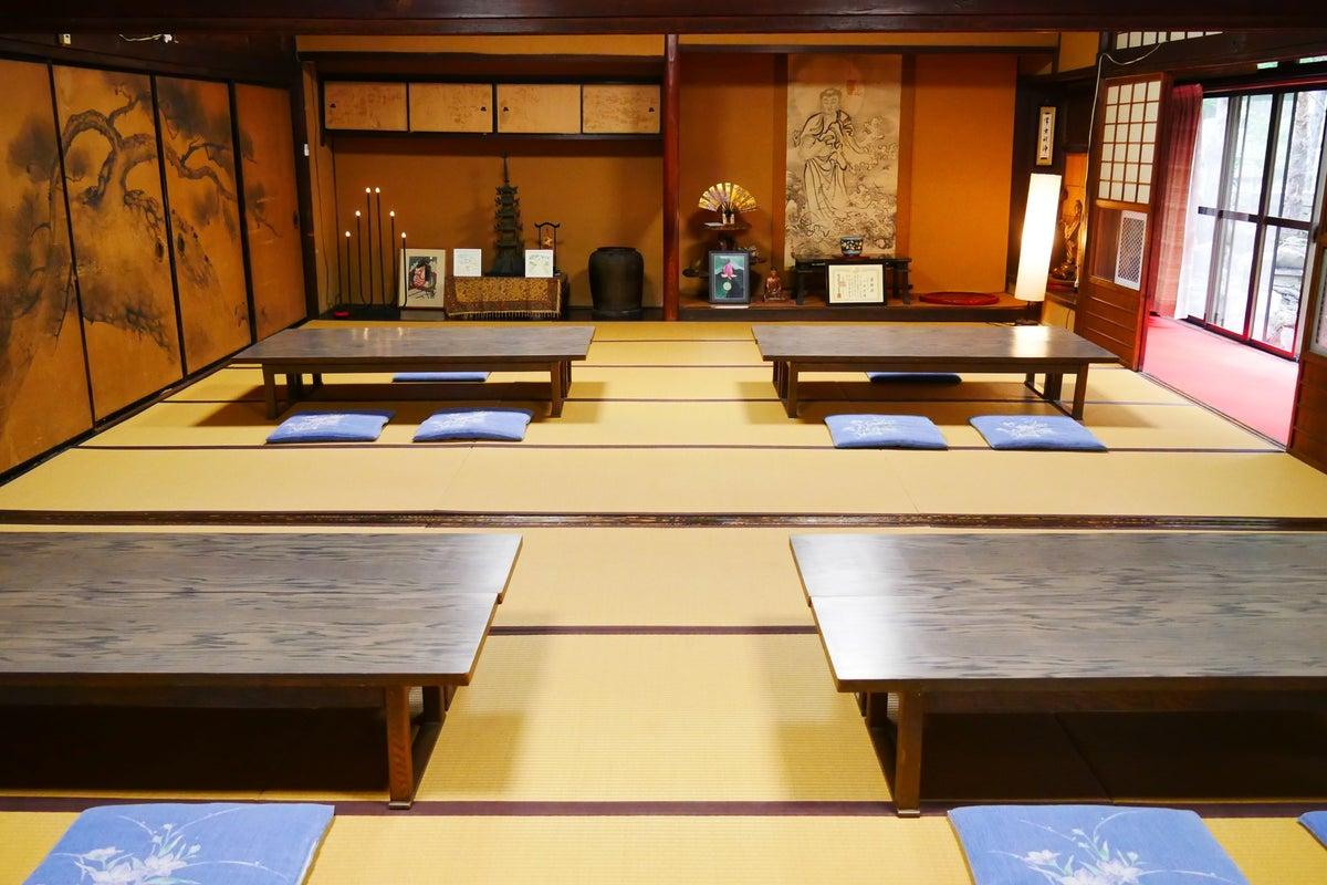 400年の歴史があるお寺の広間を開放します!〇〇会、〇〇撮影、会議利用など! の写真