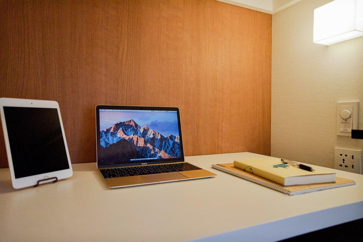 【心斎橋駅徒歩1分】カプセル型個室◎安定した超高速WiFiと安心の充電環境(USB可)テレワーク、資格勉強、仕事・作業・電話も◎ の写真