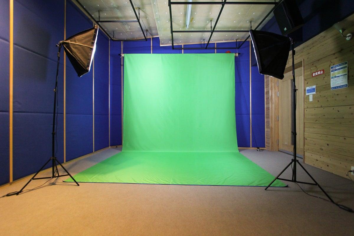 【クロマキー撮影スタジオ】動画・写真の撮影はもちろん、防音設備・音響機材を利用して歌や演奏の撮影も可能! の写真