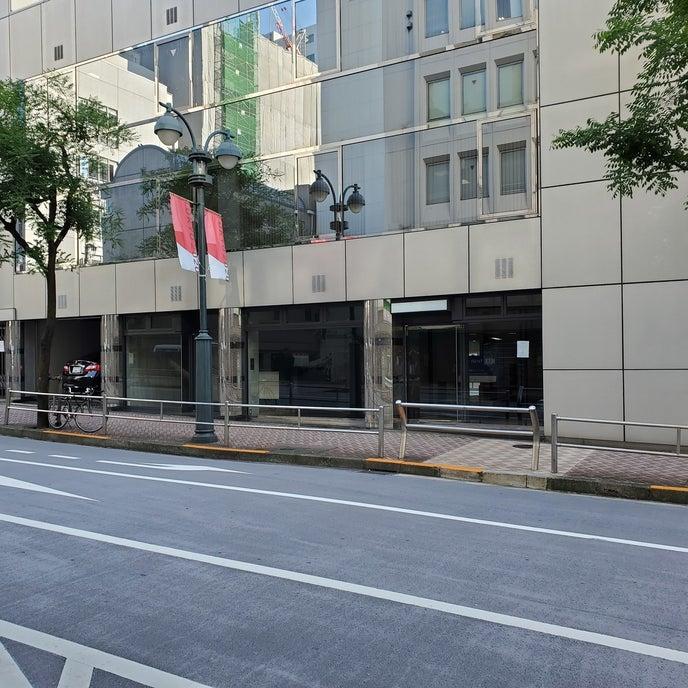 渋谷ファイヤー通り沿いの路面店です。