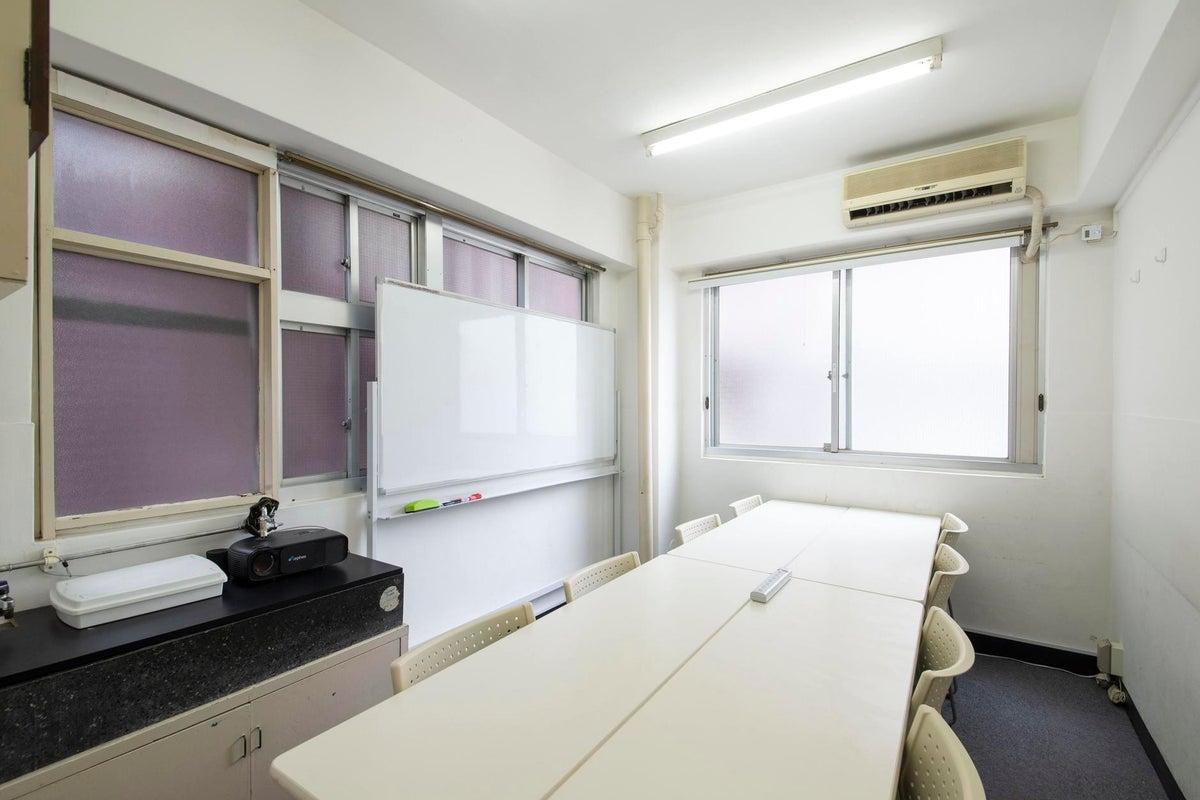 <5階18号・A会議室>完全個室でオンラインMTGにも♪モニターのご利用も無料!【東京・日本橋・京橋・宝町各駅徒歩約3~5分】 の写真