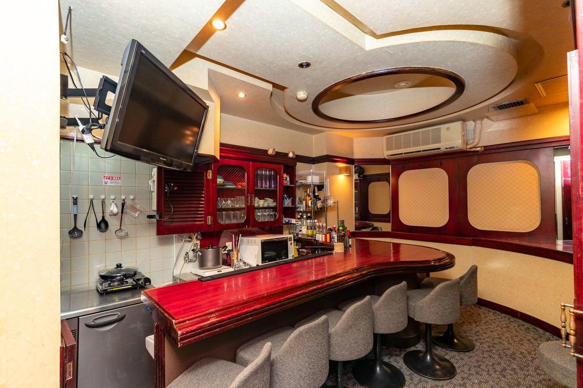 【湯島の隠れ家Bar】レトロなスペースで撮影・一日店長イベント・配信スタジオ【湯島駅徒歩2分】 の写真