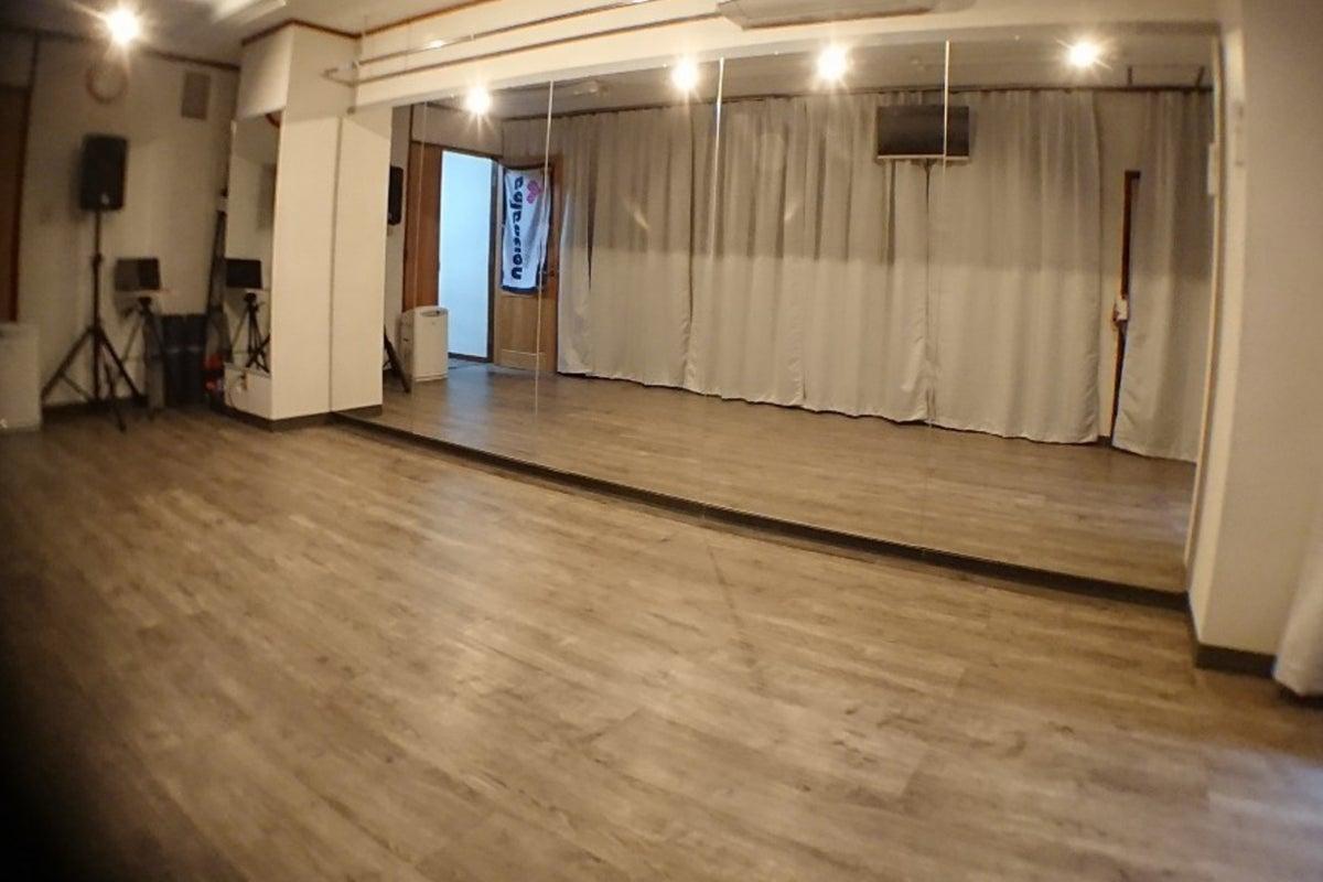 駅1分!配信レッスンやダンス練習、色々使える レンタルスタジオ&レンタルオフィス/お教室 の写真