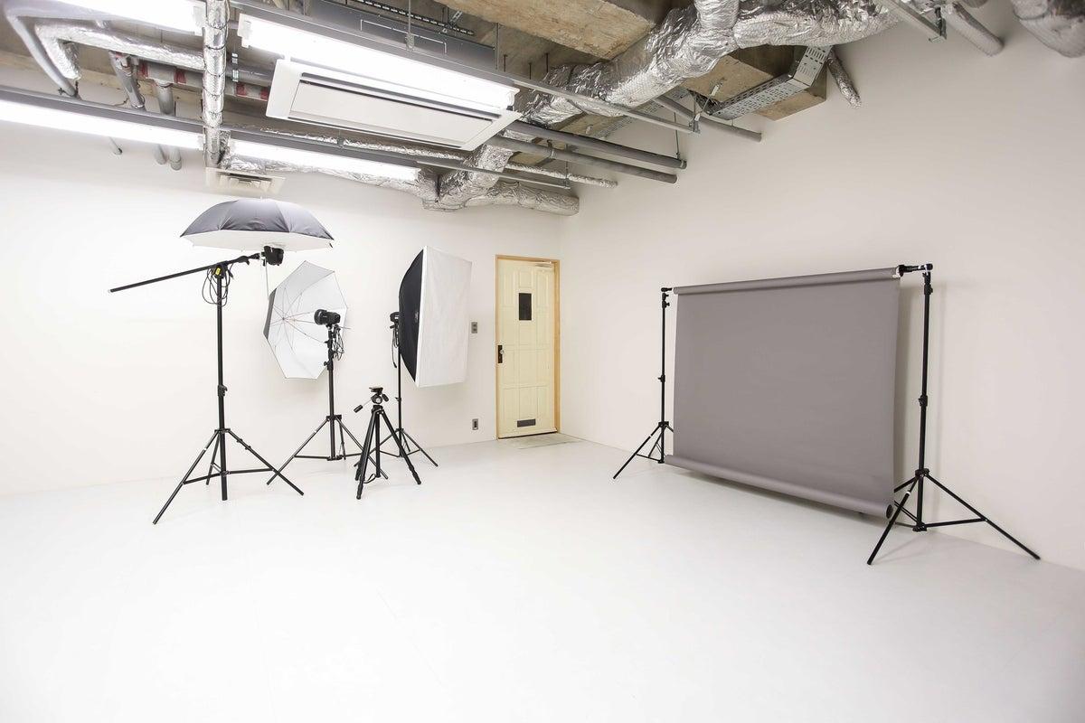 伏見駅から徒歩10分の簡単撮影に最適なレンタルスタジオ の写真