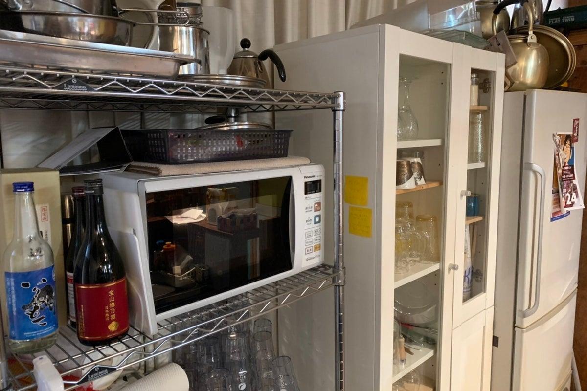 """音響、照明、配信機材、キッチン完備、窓あり換気可。リハーサル、ワークショップ、はたまた流行りの""""間借りカレー屋""""などいかがですか の写真"""