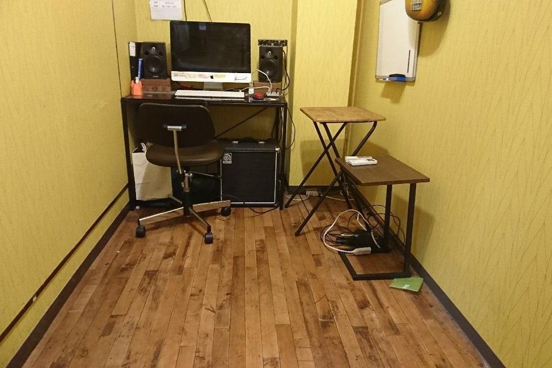 テレワーク・オンライン講座・楽器練習など!川口駅前貸切個室フリースペース の写真