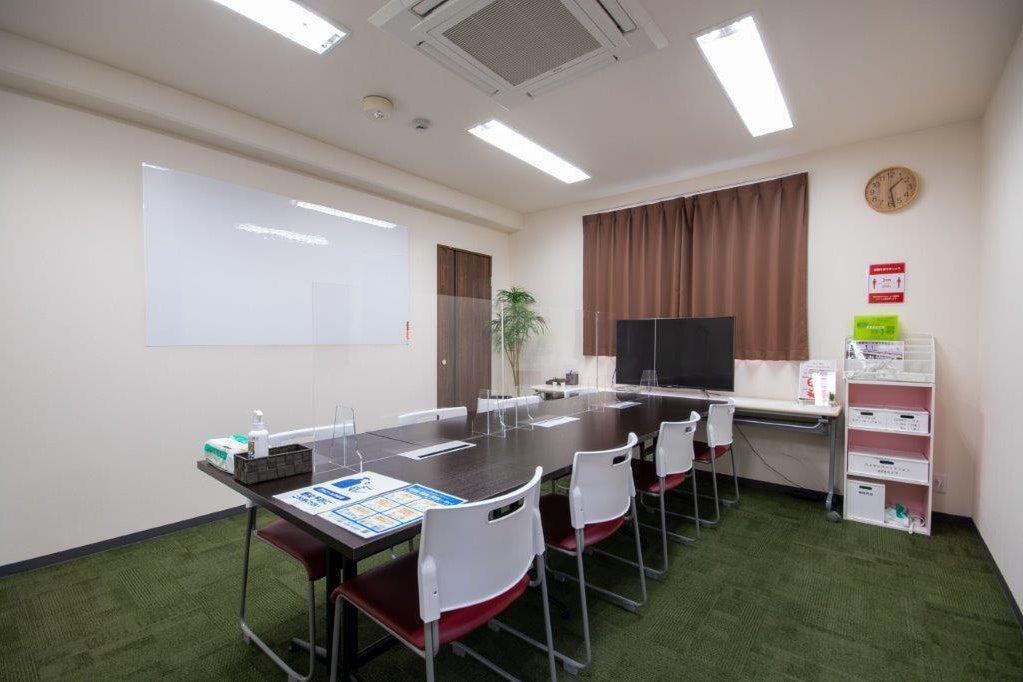 【Kyoto de Meeting/オンエア】京都駅3分/フリードリンク/備品全て無料/最大8名様 の写真