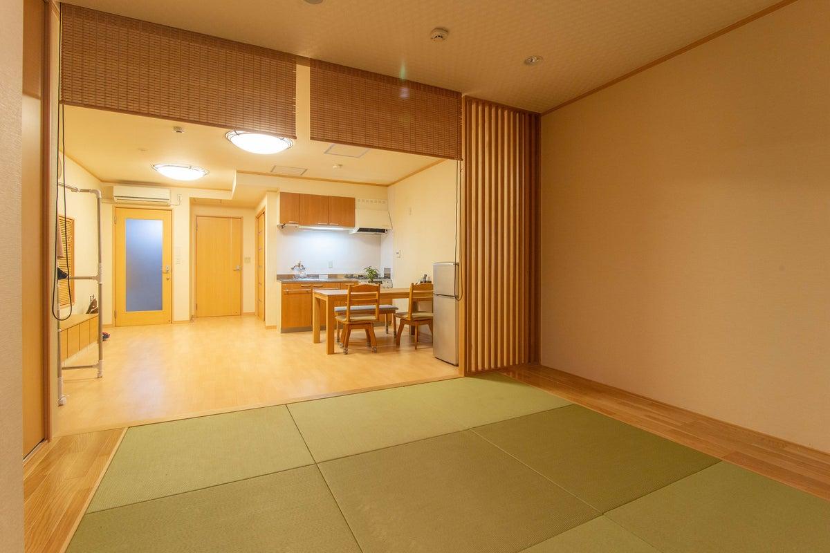 【徳島駅徒歩5分】最大6人/フルリノベ HOSTEL PAQ tokushima デラックスルーム 貸出 の写真