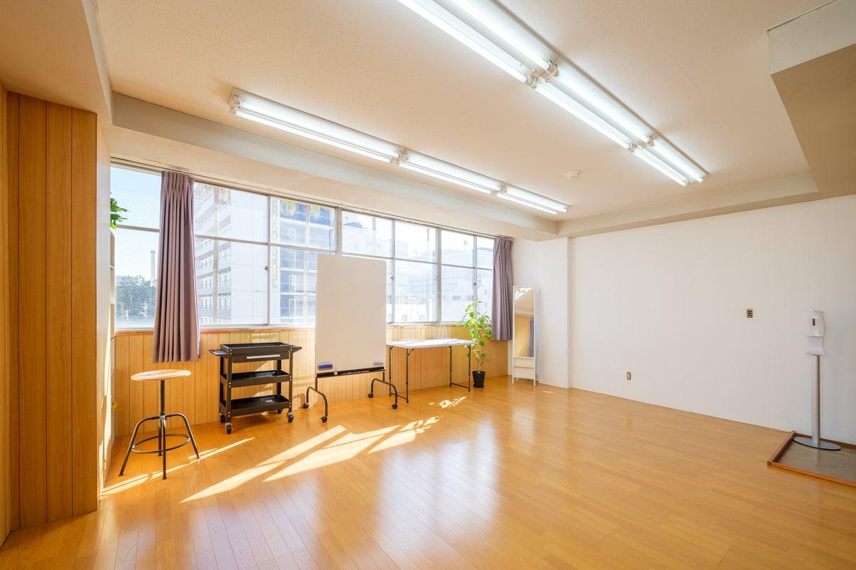 【宮崎市橘通り】レンタルスペース キッチン利用可 写真撮影・セミナー・会議・教室など の写真