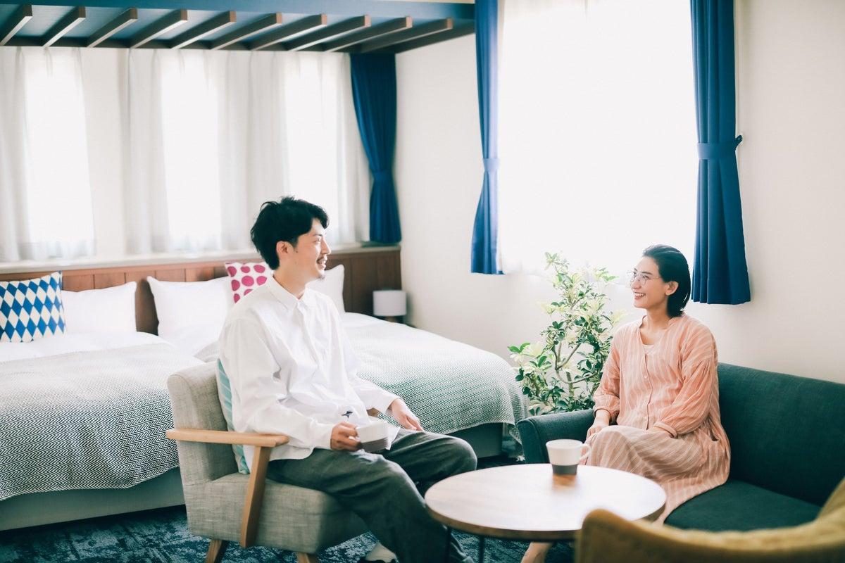 【スタッフ常駐!】40㎡超!新築ホテルの1室でパーティーからワークスペース利用まで! の写真