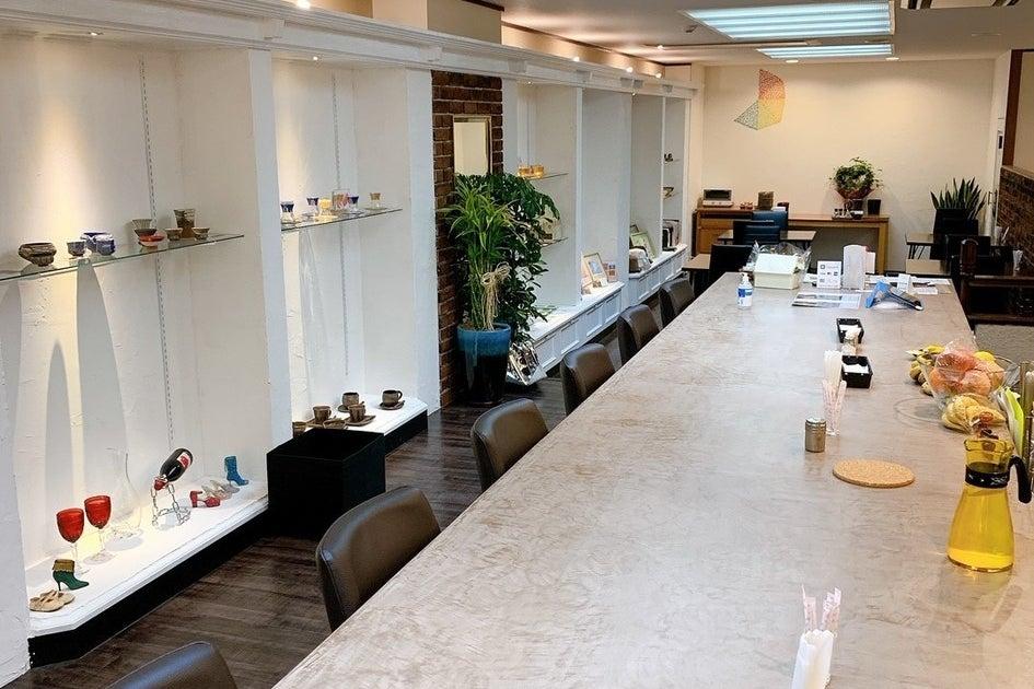 カフェの中のレンタルスペース!展示会・習い事・会議・ママ会などにどうぞ の写真