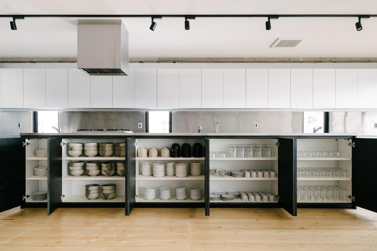 【Patia】新御茶ノ水駅から徒歩1分!最大50名収容の広々とした貸切キッチンスペース。パーティーやセミナー、撮影に最適です。 のサムネイル