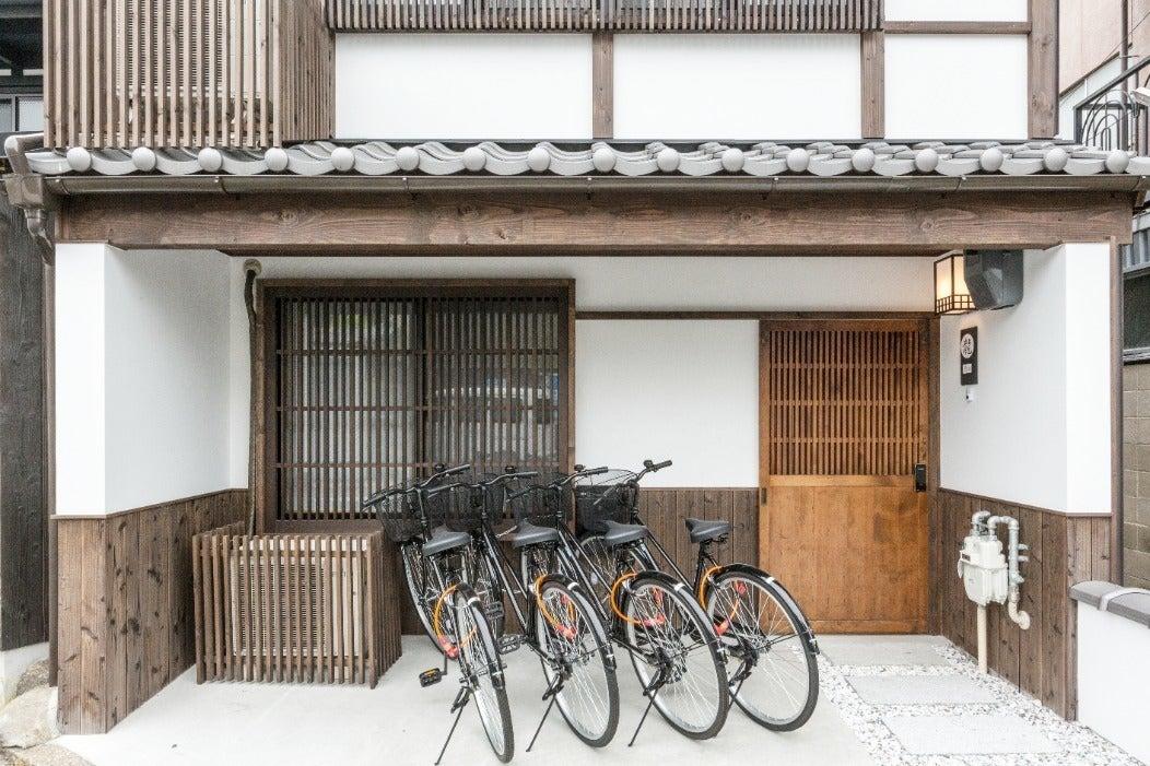 【東山龍】MAX8名様まで!東福寺駅徒歩4分、坪庭付きのオシャレでシックな広々京町家をまるまる貸し切り! の写真
