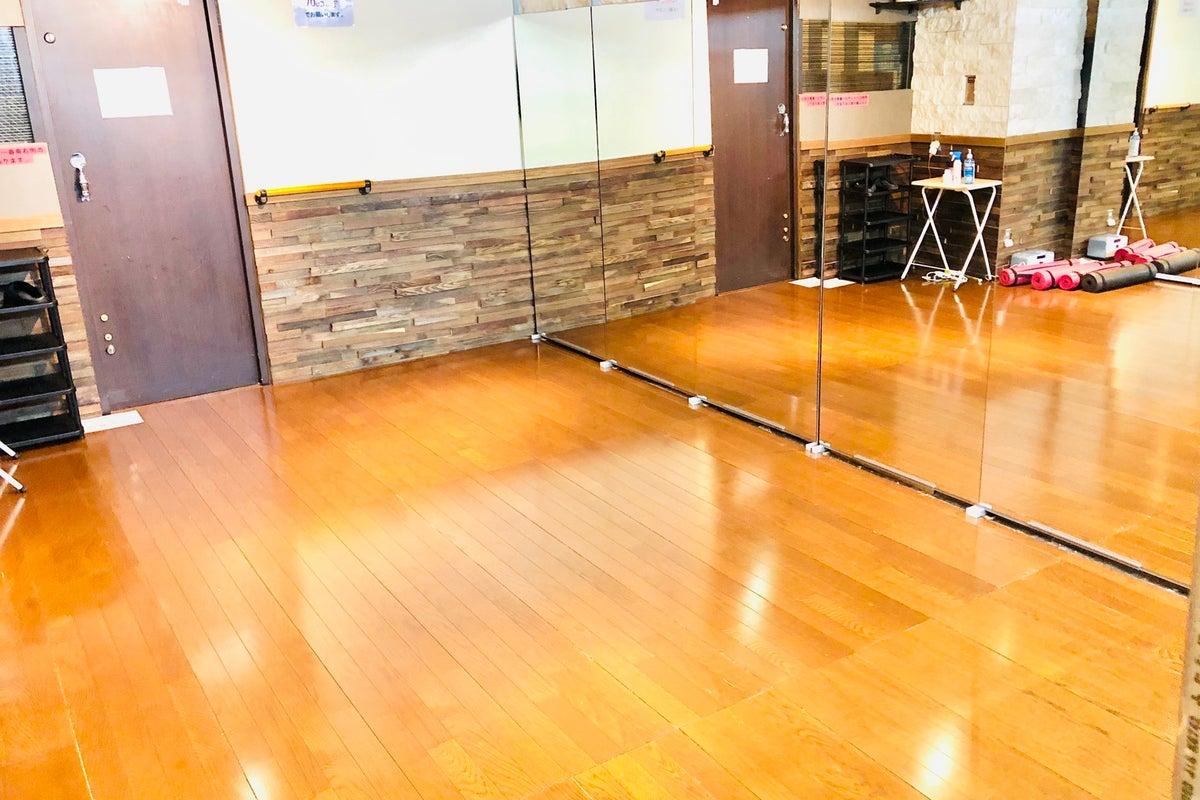 【川崎駅徒歩5分】ダンスができるレンタルスタジオ!24時間営業、大型鏡、フローリング★当日予約も可能!ダンス以外でも使えます の写真