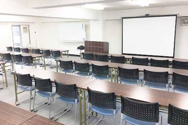 【石川町駅】JR根岸線石川町駅を出てすぐ!アクセス抜群の貸会議室 の写真