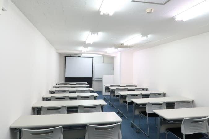 【秋葉原7分】換気十分!貸し会議室30名 格安・セミナールーム!WiFi+電源 の写真